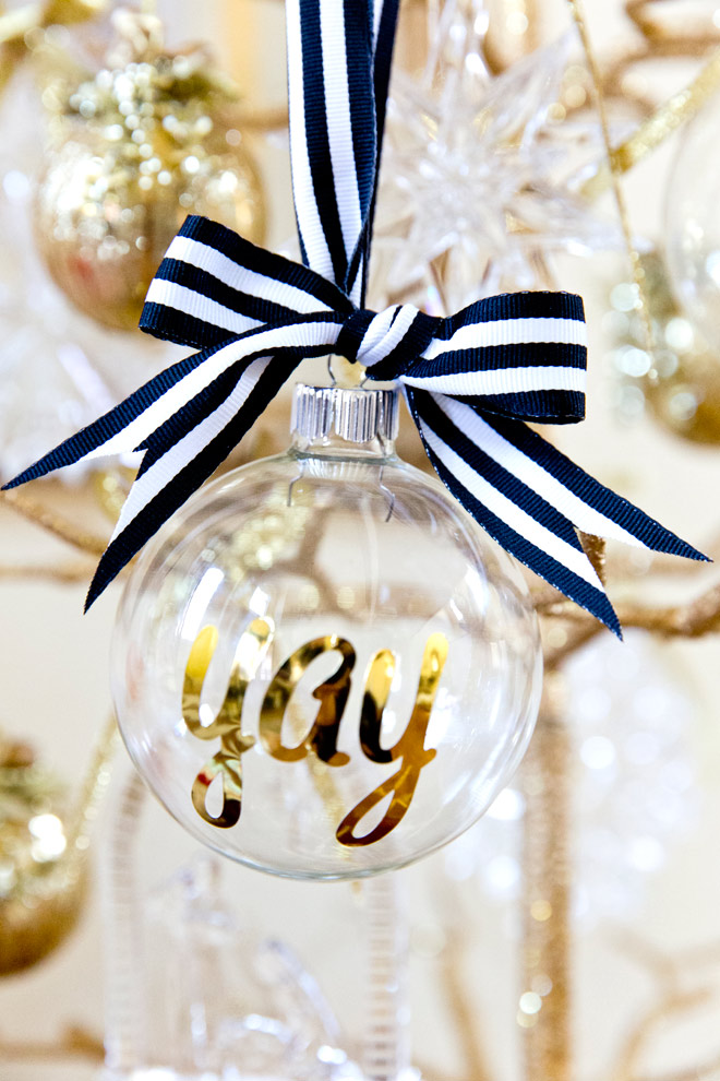 Personalized Glass Christmas Ornaments