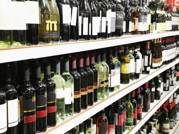 State fines liquor chain for selling below minimum price