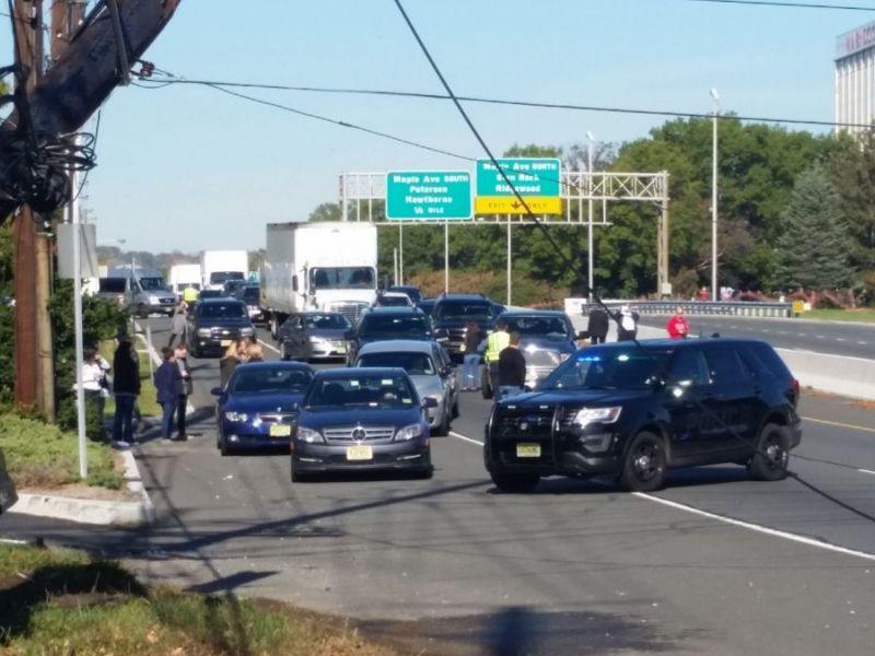 Update motor vehicle crash closes route 208 in both for Motor vehicle in wayne nj hours