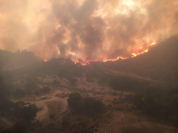 Central California fire threatens 1650 homes