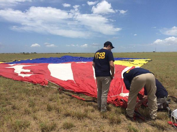 Texas hot air balloon company suspends operations