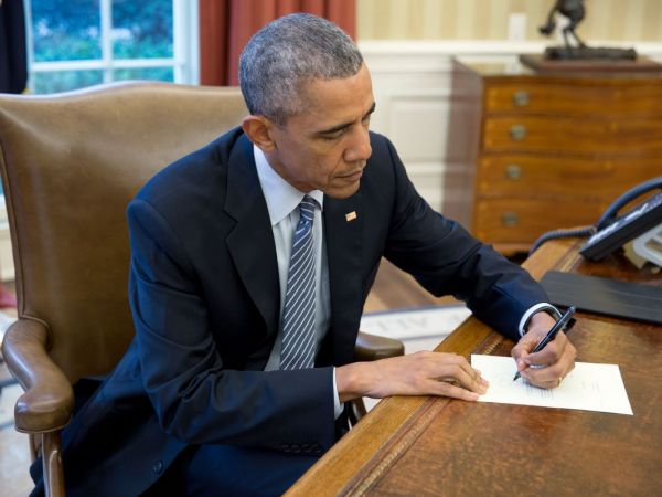 Obama commutes sentences of 111 federal inmates, 3 from MI