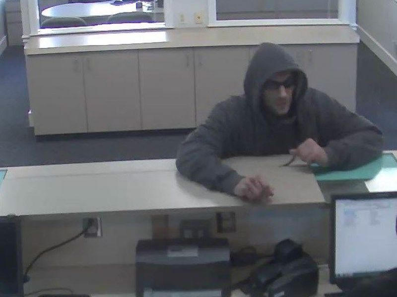 Police Searching For Suspect In Td Bank Robbery Reading