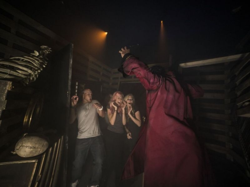 Howl O Scream 2016 What To Know Before You Go Tampa Fl