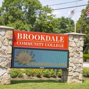 Brookdale Community College. breakagem.gq Toms River, NJ- The Jersey Blues men's soccer season came to a close at the Region XIX tournament District H finals against the Skylanders of Sussex County Community College. Brookdale fell in the close match-up.