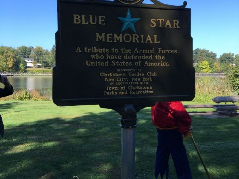Garden Club Officials Dedicate Blue Star Memorial In Congers Park New City Ny Patch
