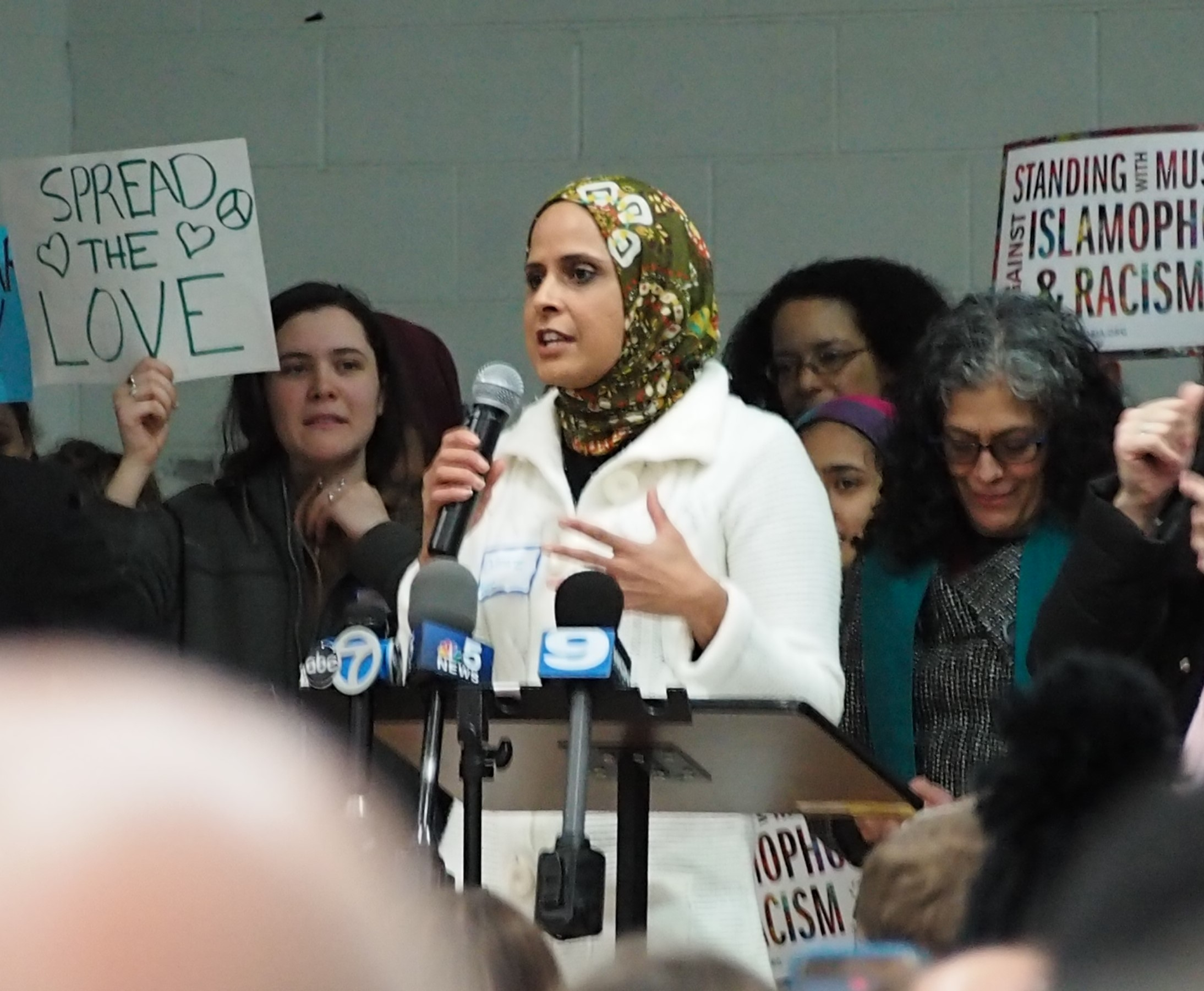 morton muslim Schools muslim community center academy gets approval for high school trustees approved changes to the mcc's special use permit allowing for high school classes at its morton grove campus.