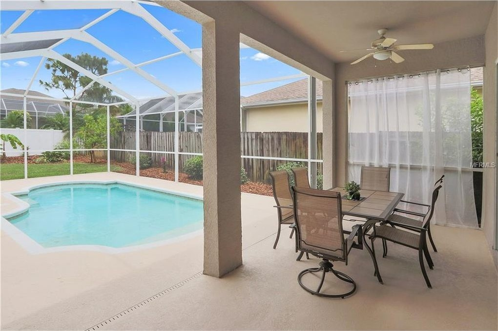 7 Tampa Bay Area Pool Homes For 300k Or Less Land O 39 Lakes Fl Patch