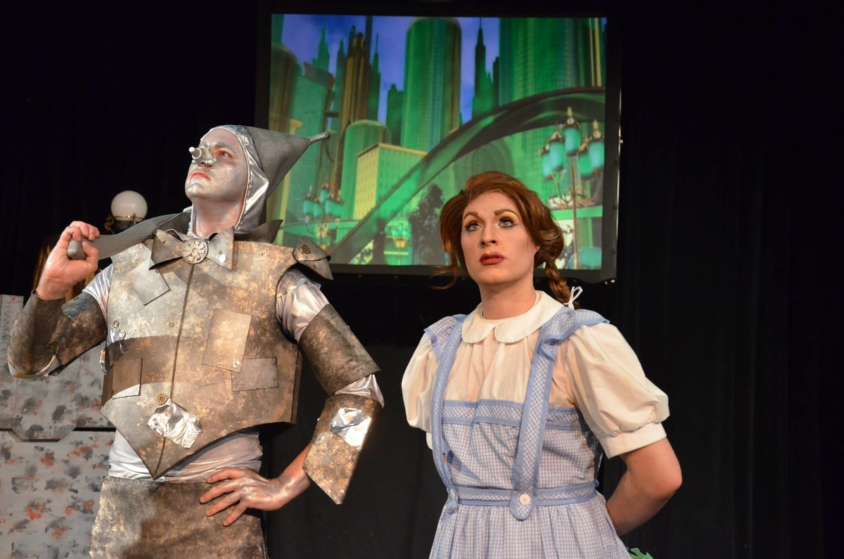 Review: 'The Wizard of Oz' at Hole in the Wall Theatre - Naugatuck ...