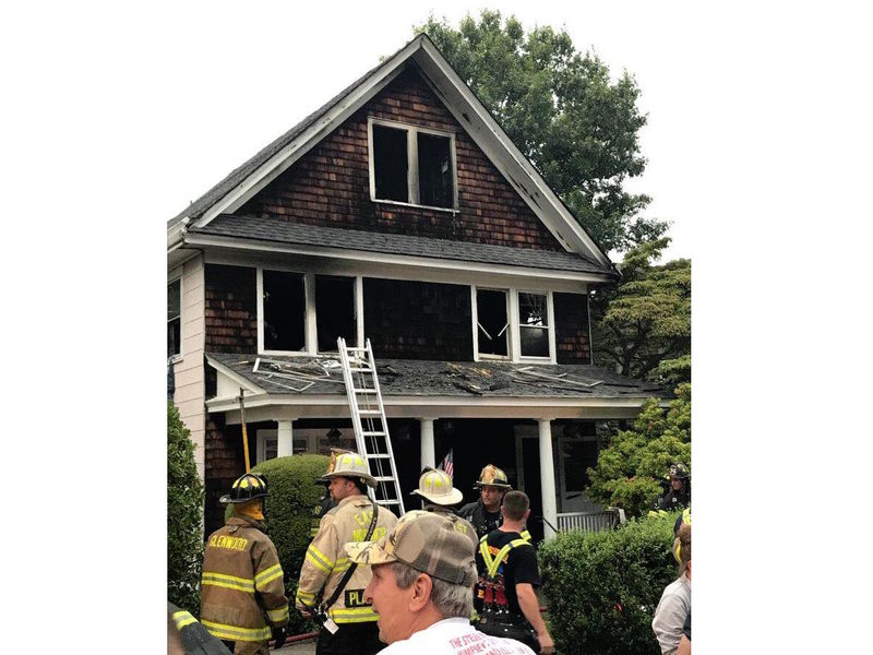 oyster bay bathroom shower oyster bay house fire injures residents firefighters oyster bay
