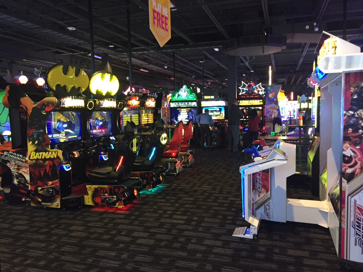 First Look At Dave And Buster 39 S At Woodbridge Center Mall South Brunswick Nj Patch