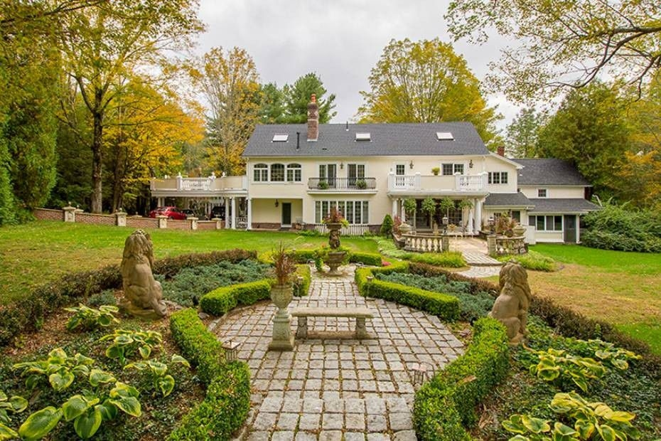 Most expensive home for sale in each ma county boston for Most expensive house in massachusetts