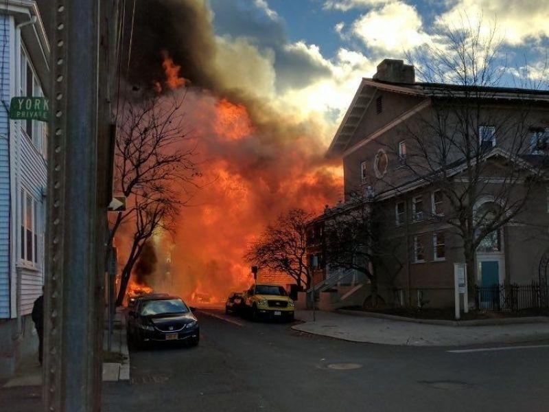 Cambridge Fire Neighborhood Burned 10 Alarms Struck 125