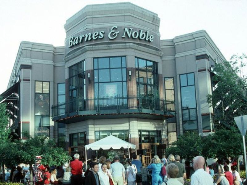 Options to replace closing bethesda row barnes noble discussed bethesda md patch for Barnes and noble winter garden