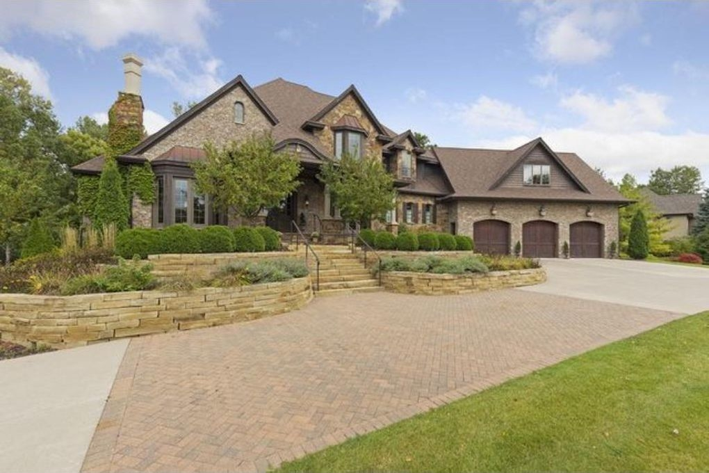 5 most expensive houses in dakota county burnsville mn for Most expensive homes in minnesota