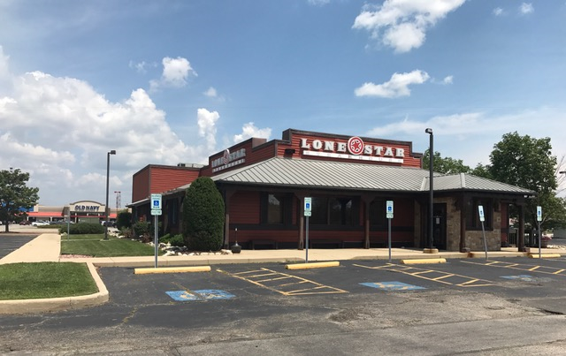 Lone star steakhouse long time restaurant near louis mall for Department of motor vehicles joliet illinois