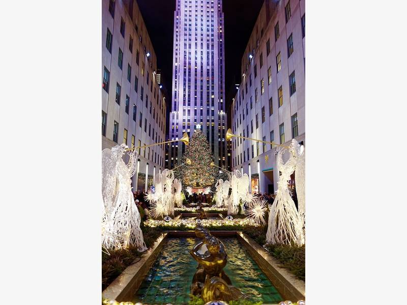Going to NYC for the upcoming 2017 - 2018 Holiday Season ...