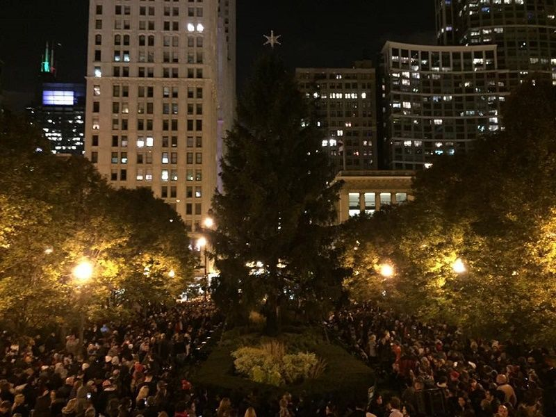 Watch Replay of Chicago's Christmas Tree Lighting Ceremony ...