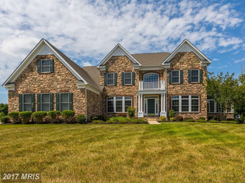 Maryland wow houses acre camp souped up townhome