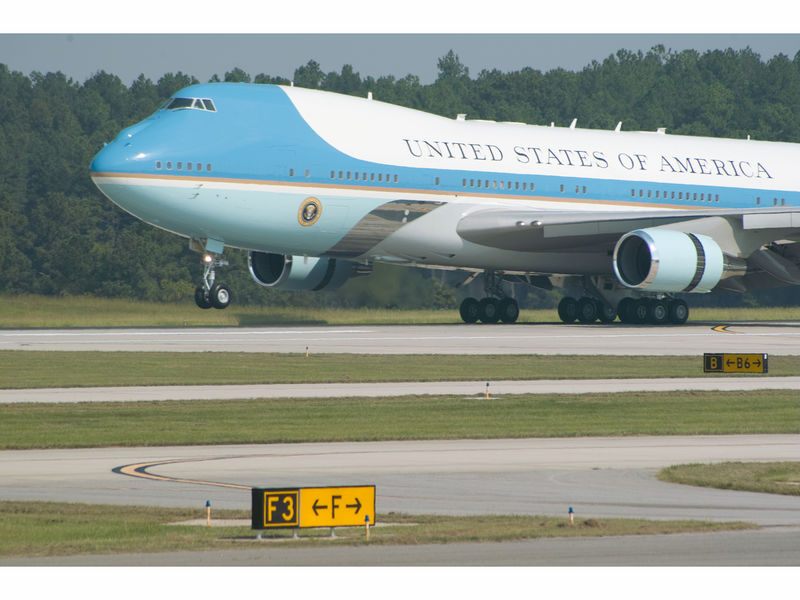 Air Force One To Land At Macarthur Airport Commack Ny Patch
