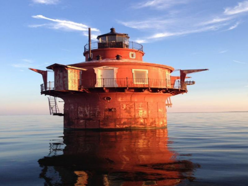 Chesapeake Bay Lighthouse Is The Right House For $15K