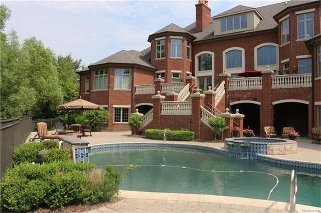 5 Metro Detroit Wow Houses For The Ridiculously Rich Detroit